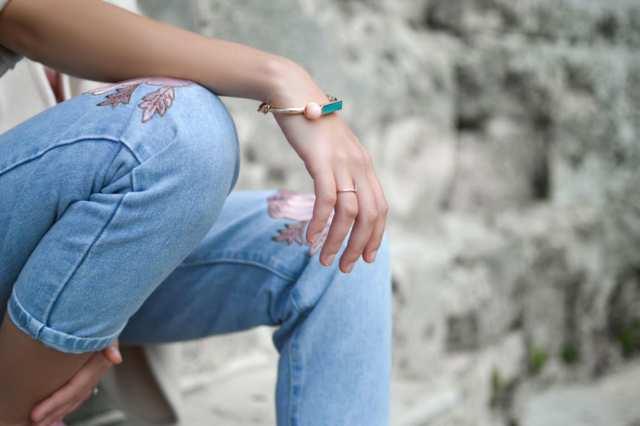 Vad är viktigast när du köper jeans? - Så säger statistiken hur och vad vi väljer.